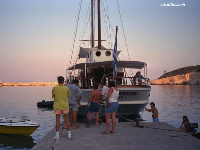 Click to download the Evening in the Port of Patitiri, Alonissos