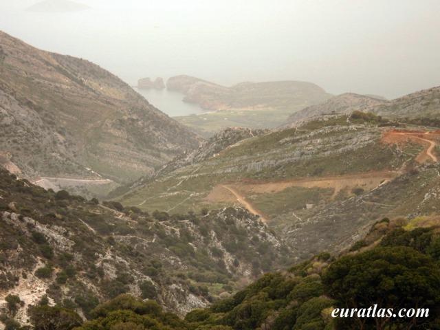 Cliquez ici pour télécharger Sirocco on Naxos, East Coast