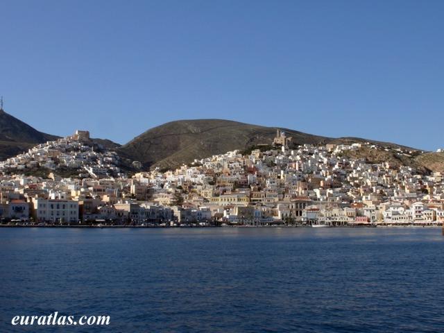 Cliquez ici pour télécharger Ano Syros and Ermoupolis...