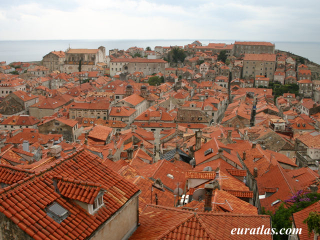 Click to download the Rooftops in Dubrovnik