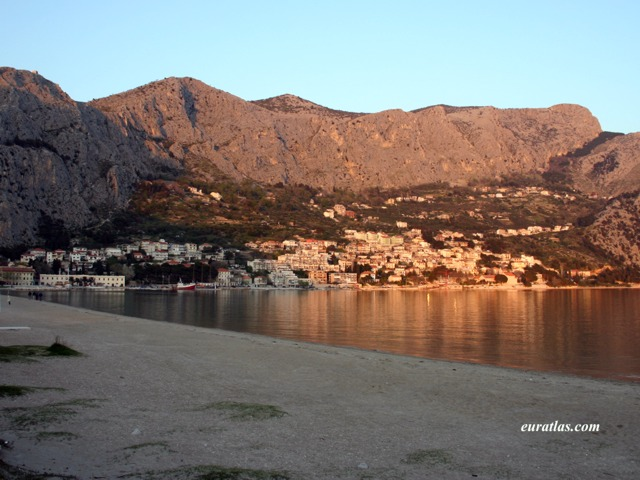 Click to download the The Port of Omis or Almissa