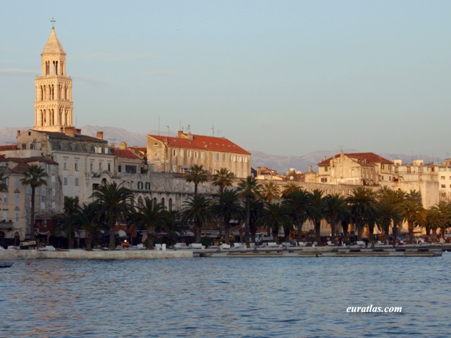 Click to download the Split, Diocletian's Palace viewed from the Sea