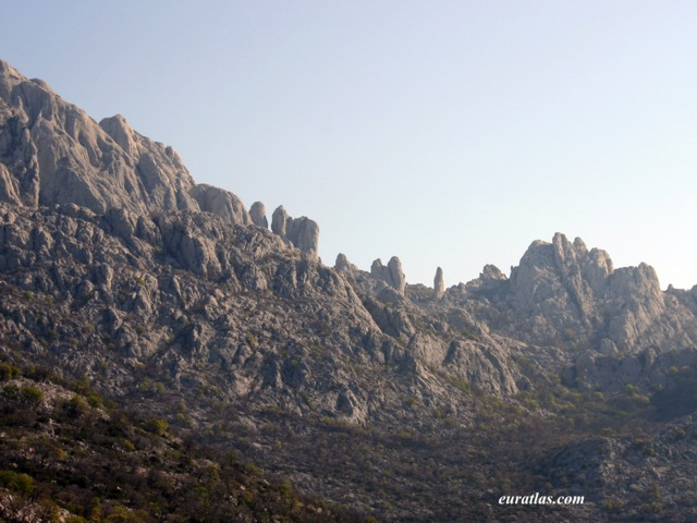 Click to download the The Velebit Range near Alan pass