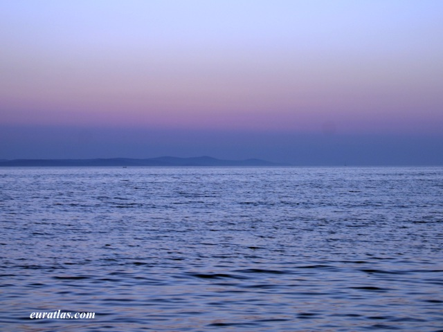 Click to download the Twilight on the Zadar Channel