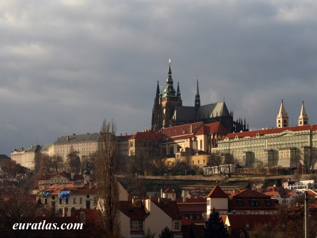 Click to download the St. Vitus Cathedral, Prague