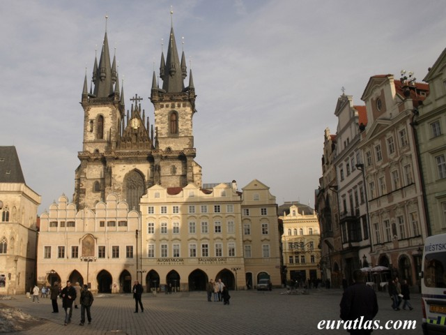 Click to download the Prague, the Old Town Square