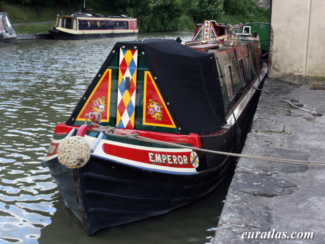 Click to download the Devizes, the Kennet and Avon Canal