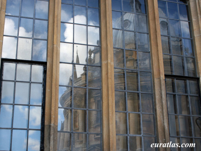 Click to download the Codrington Library and Radcliffe Camera, Oxford