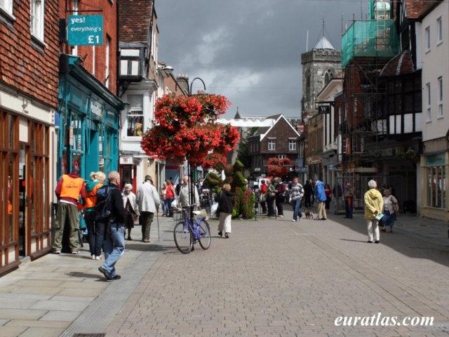 Cliquez ici pour télécharger Street Scene, Salisbury
