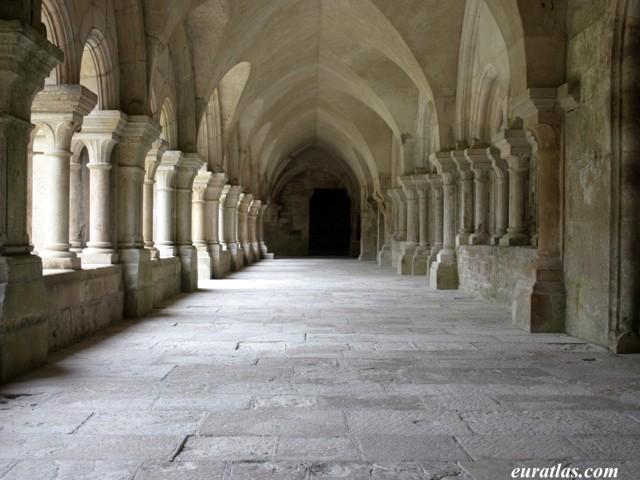 Click to download the Abbey of Fontenay, the Cloister