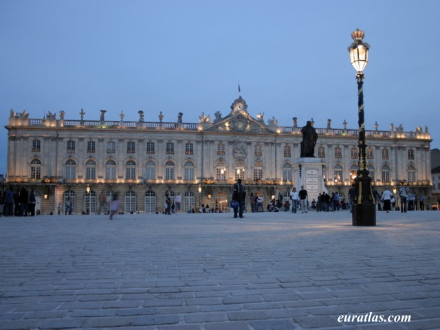Click to download the Nightlife on the Place Stanislas, Nancy