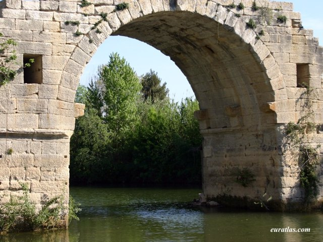 Click to download the The Roman Bridge at Ambrussum