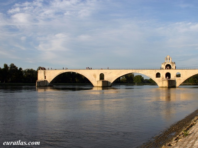 Click to download the The Pont d'Avignon