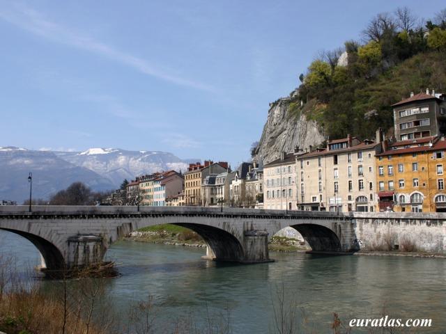 Cliquez ici pour télécharger Grenoble 2007