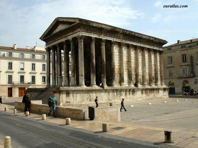 Cliquez ici pour télécharger The Roman Temple of