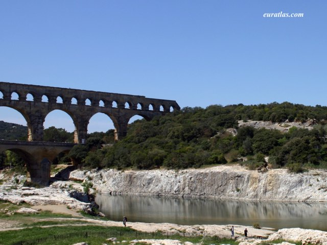 Click to download the The Pont du Gard and the Gardon