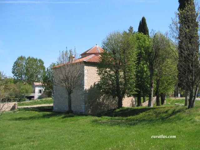 Click to download the Riez, the Antique Civitas Reii