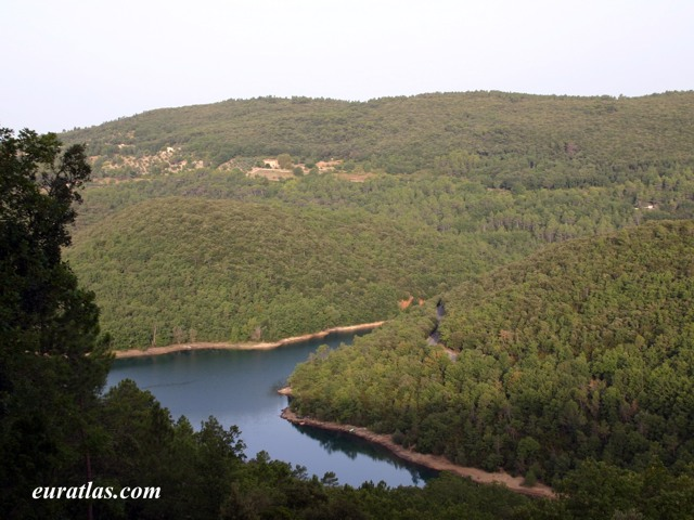 Click to download the Lake of Saint-Cassien, Var