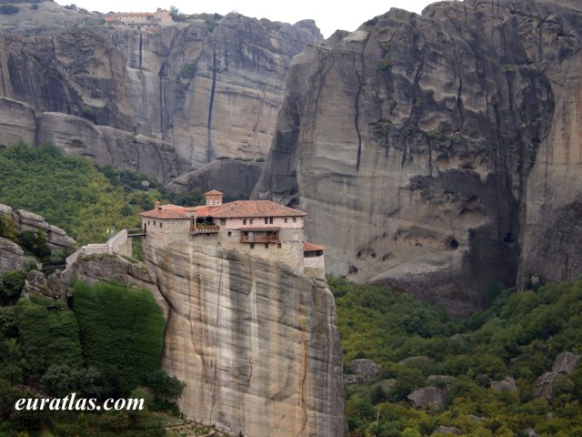 Cliquez ici pour télécharger The Monastery of