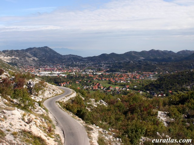 Click to download the Cetinje, General View