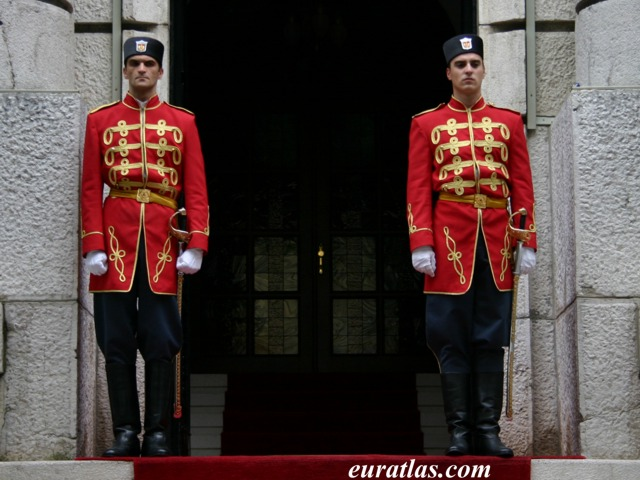 Click to download the Cetinje, the Presidential Guards