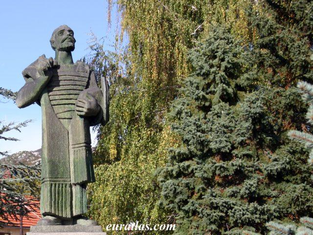 Cliquez ici pour télécharger The Statue of