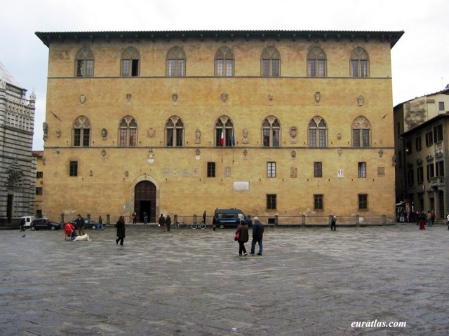 Click to download the Pistoia, the Palazzo del Commune or Town Hall