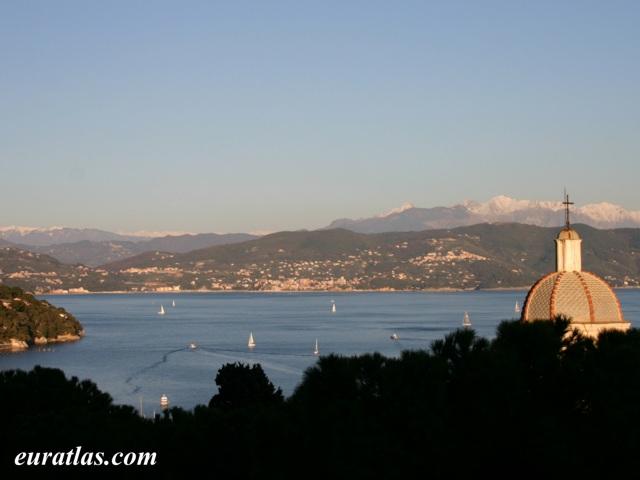 Cliquez ici pour télécharger The Gulf of La Spezia