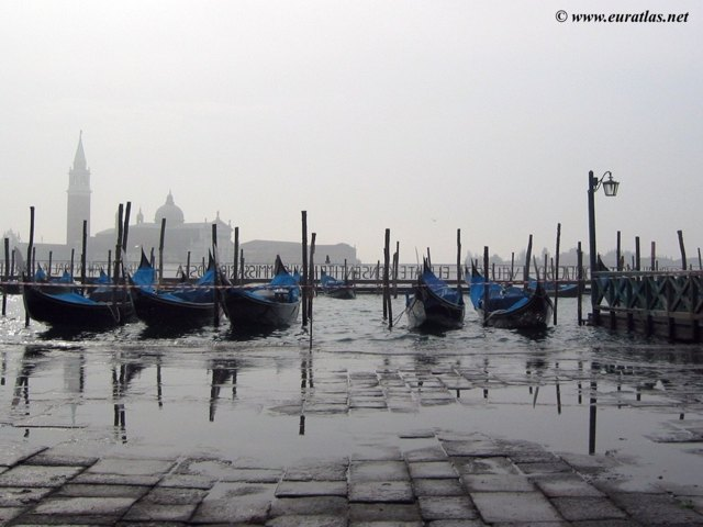 Click to download the Venice, the rising Tide or Acqua Alta on the Piazza San Marco