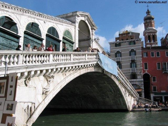 Cliquez ici pour télécharger Venice, the Rialto Bridge