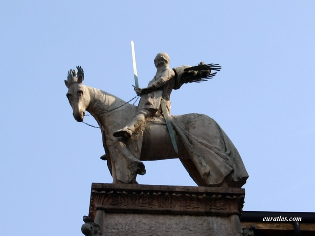 Click to download the The Equestrian Statue of Cangrande, Verona