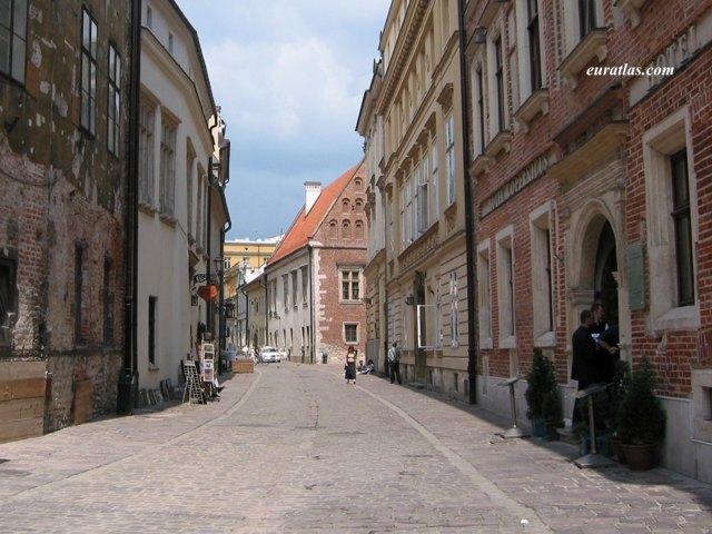 Cliquez ici pour télécharger In the Old Town