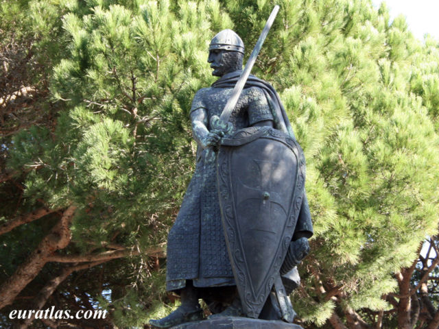 Click to download the Statue of King Afonso I of Portugal by Antonio Soares dos Reis