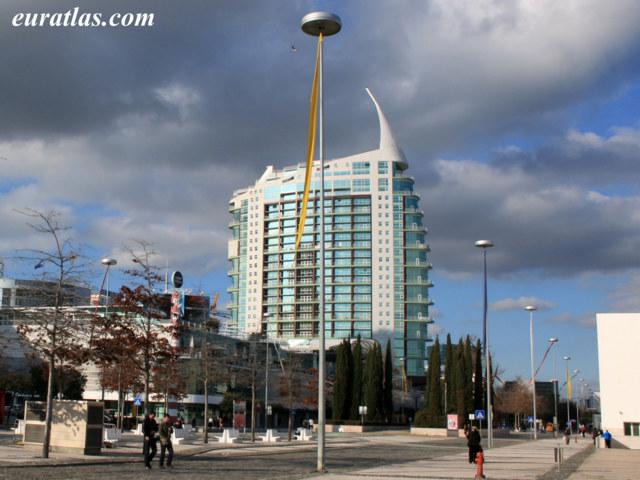 Click to download the Torre de São Gabriel, Nation's Park, Lisbon