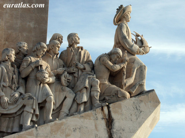 Click to download the The Monument to the Discoveries with Henry the Navigator, Belém