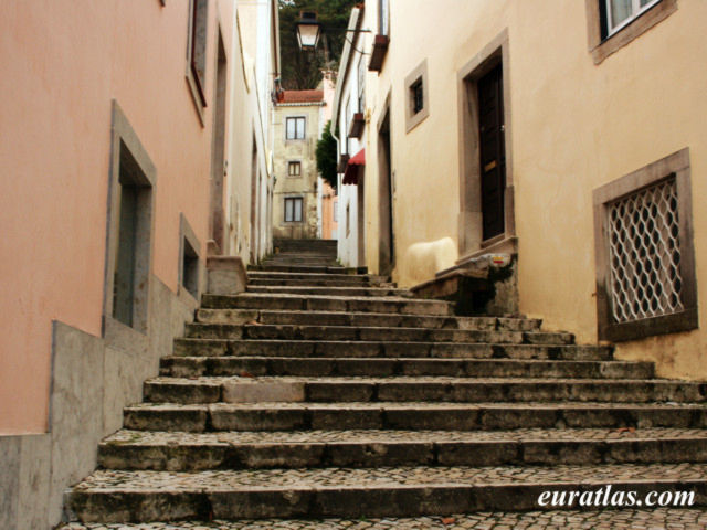 Click to download the A Street in Sintra