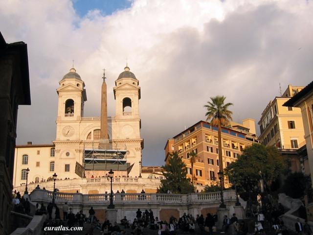 Cliquez ici pour télécharger The Trinità dei Monti