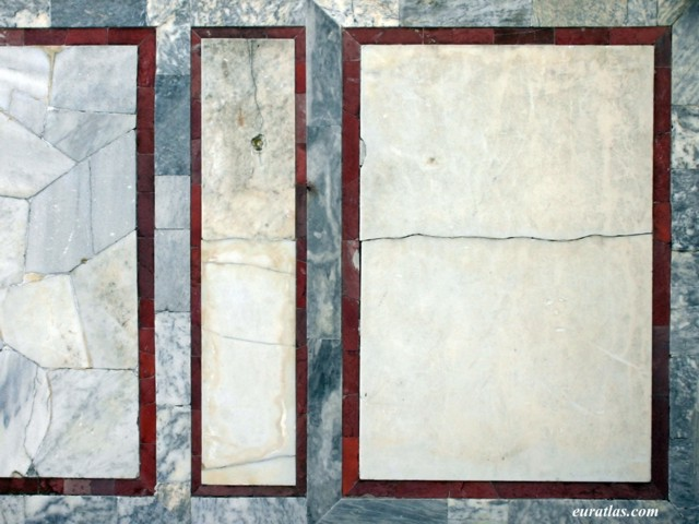 Click to download the A Roman Domus Marble Wall, Ostia