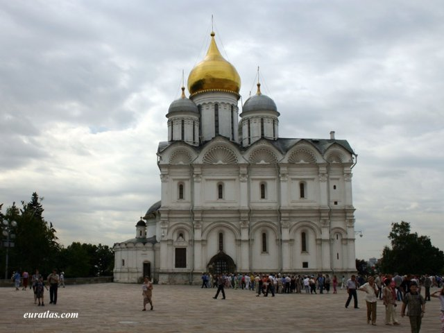 Click to download the Moscow, the Cathedral of the Archangel in the Kremlin