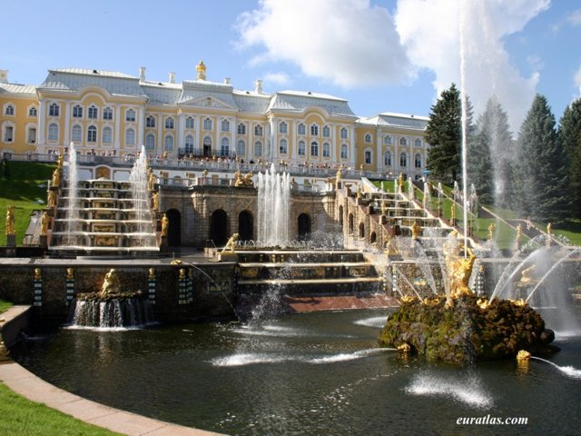 Click to download the Peterhof Palace