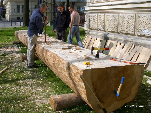 Cliquez ici pour télécharger Digging a Dugout, Ljubljana