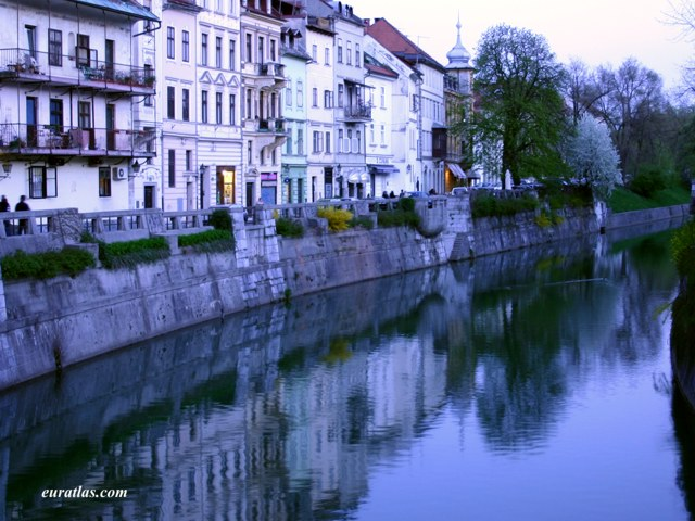 Click to download the Evening on the Ljubljanica River