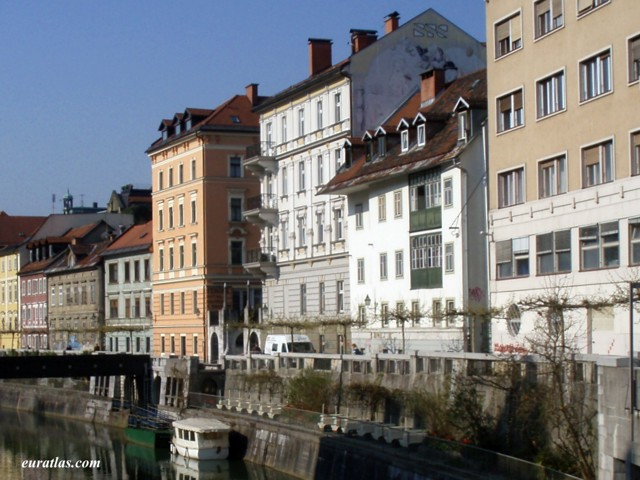 Click to download the Riverfront Old Buildings, Ljubljana
