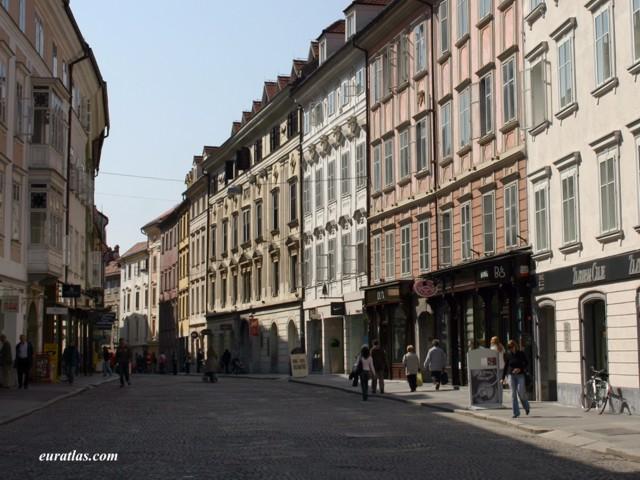 Click to download the Mestni Trg or Town's Market, Ljubljana