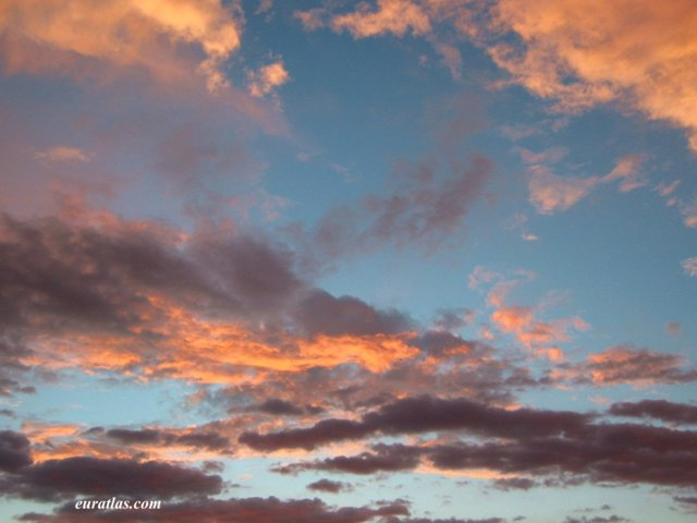 Click to download the Evening Sky in Mallorca