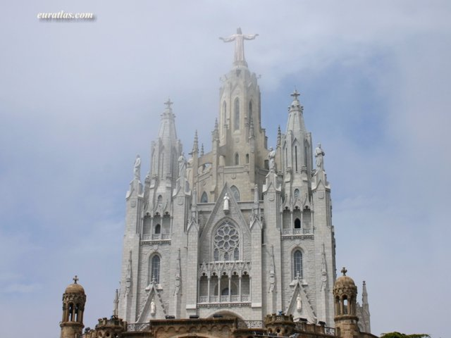 Click to download the Barcelona, the Sacred Heart Church on the Tibidabo