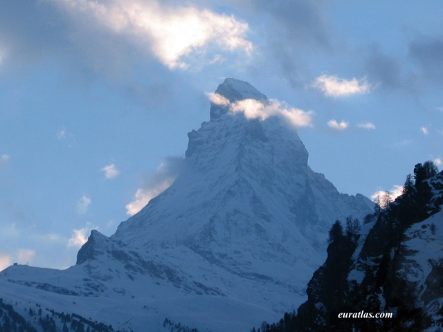 Click to download the Clouds on the Matterhorn