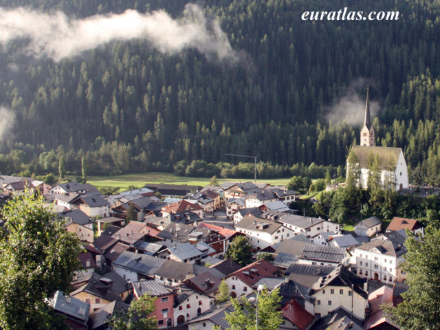 Click to download the Scuol, Lower Engadin