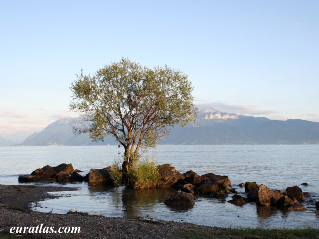 Click to download the Lake Geneva or Lake Léman from Ouchy