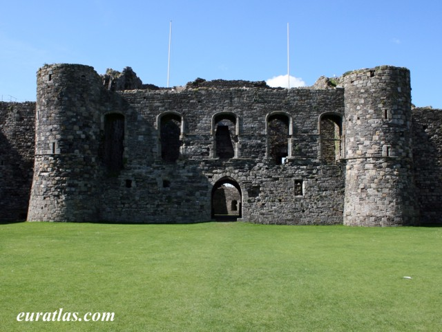 Click to download the Beaumaris Castle, the Inner Ward